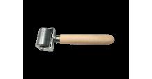 Вспомогательный инструмент для монтажа кровли, сайдинга, забора в Пензе Валик прикаточный